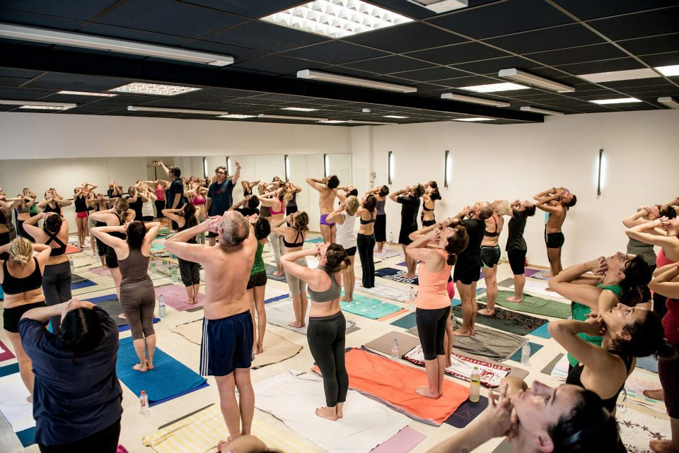Bikram yoga studio love spots marseille for Salon bien etre marseille