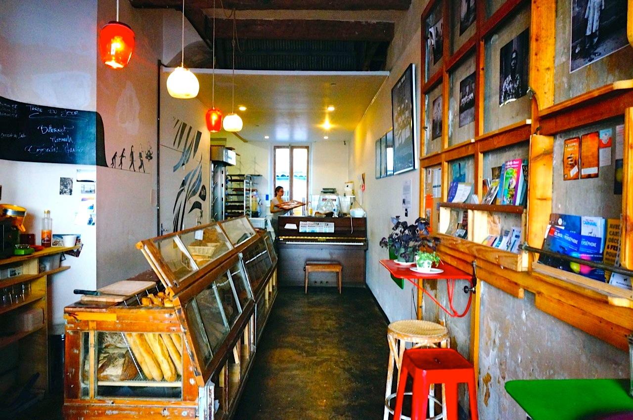 boulangerie bio marseille le bar pain love spots. Black Bedroom Furniture Sets. Home Design Ideas