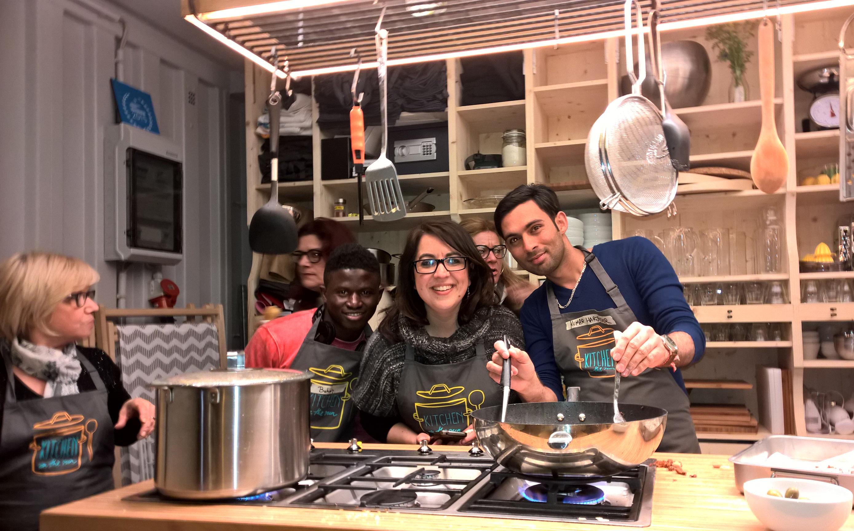 cuisine marseille kitchen on the run love spots. Black Bedroom Furniture Sets. Home Design Ideas
