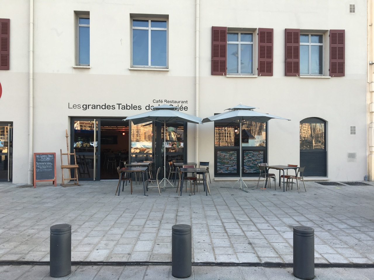 Restaurant vieux port les grandes tables de la cri e - Restaurant l entrecote marseille vieux port ...