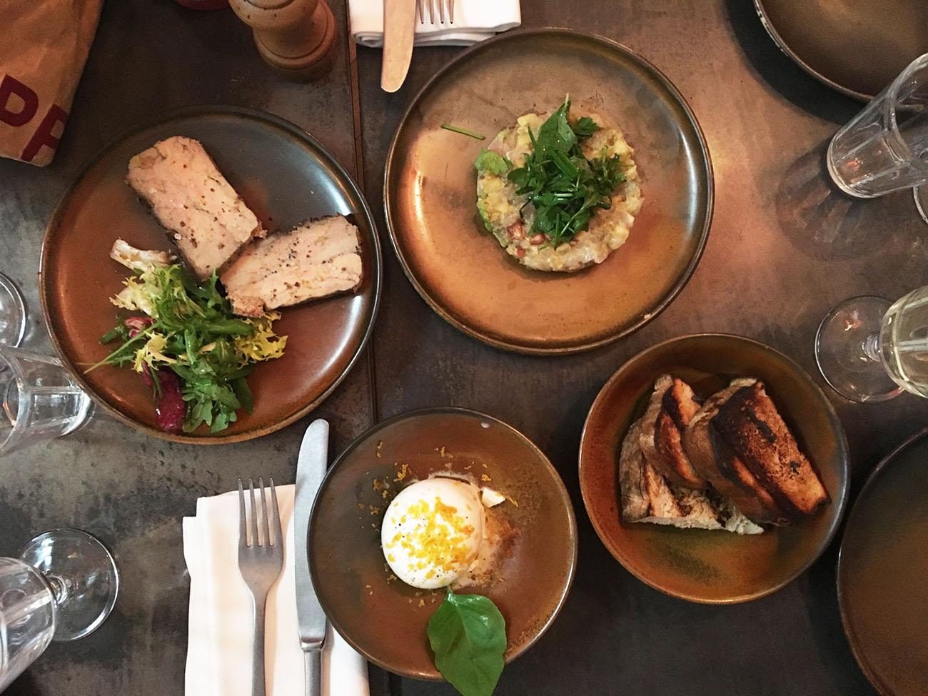 Restaurant de viandes marseille chez charbon love spots