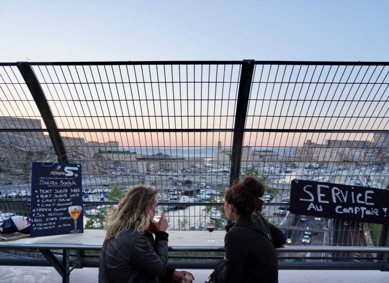 Le Poulpe Saint Victor bar à tapas à Marseille panorama