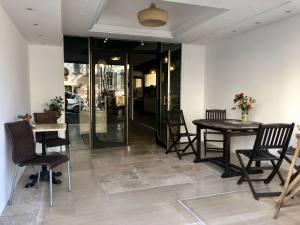 Pain Salvator boulangerie bio à Marseille Terrasse