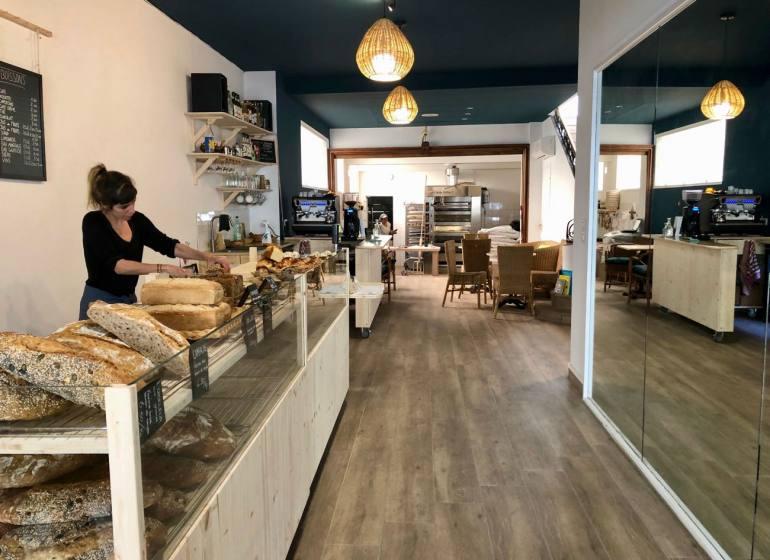 Pain Salvator boulangerie bio à Marseille interieur