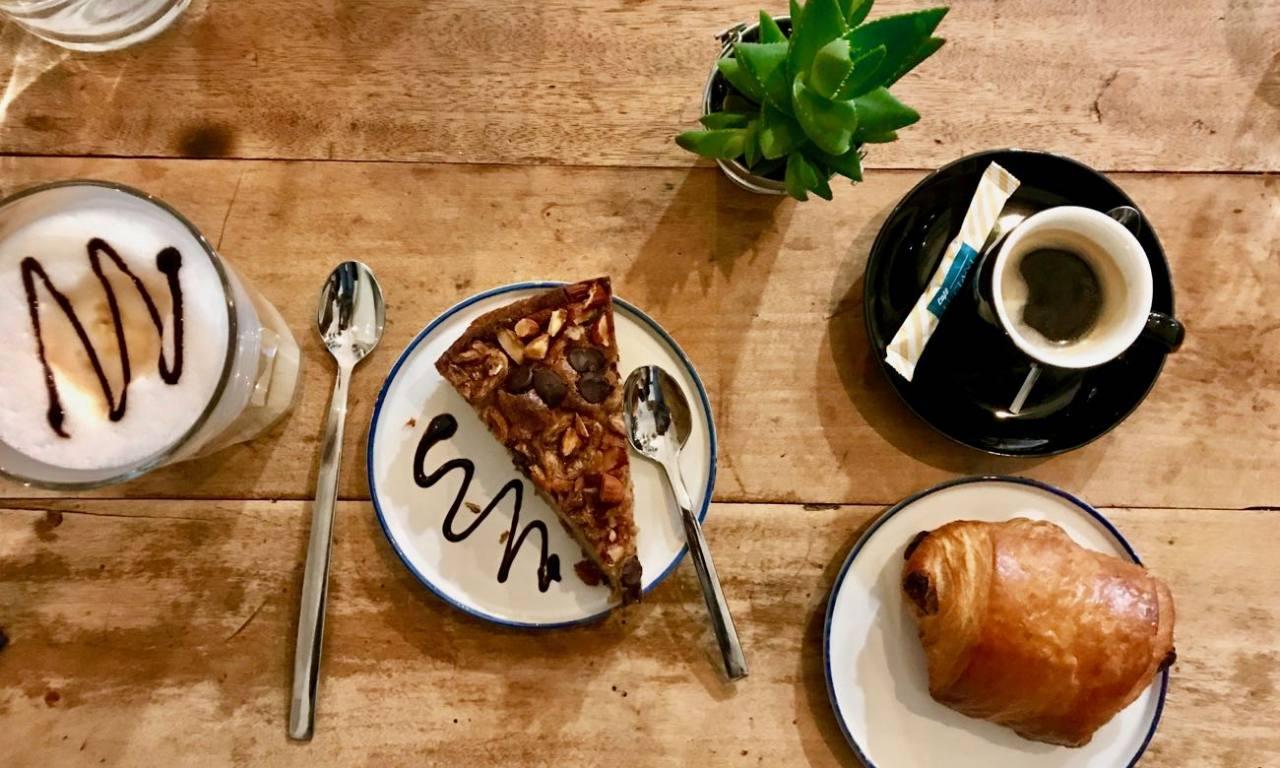 Black Bird Coffee shop à Marseille breakfast
