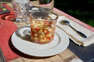 Les Jardins Du Cloître cuisine bistronomique à Marseille salade de fruits