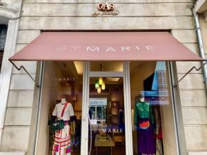 By Marie mode femmes à Marseille Devanture