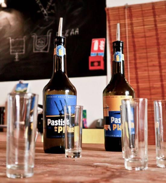 Pastis de la Plaine, Pastis artisanal de Marseille Love-Spots bouteilles