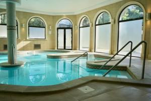 Marine baths and spa in Marseille (baths)