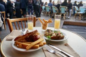 Le bar des amis, bar de bord de mer à Marseille tapas