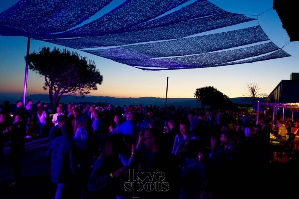 Le Baou, club de plein air à Marseille dancefloor