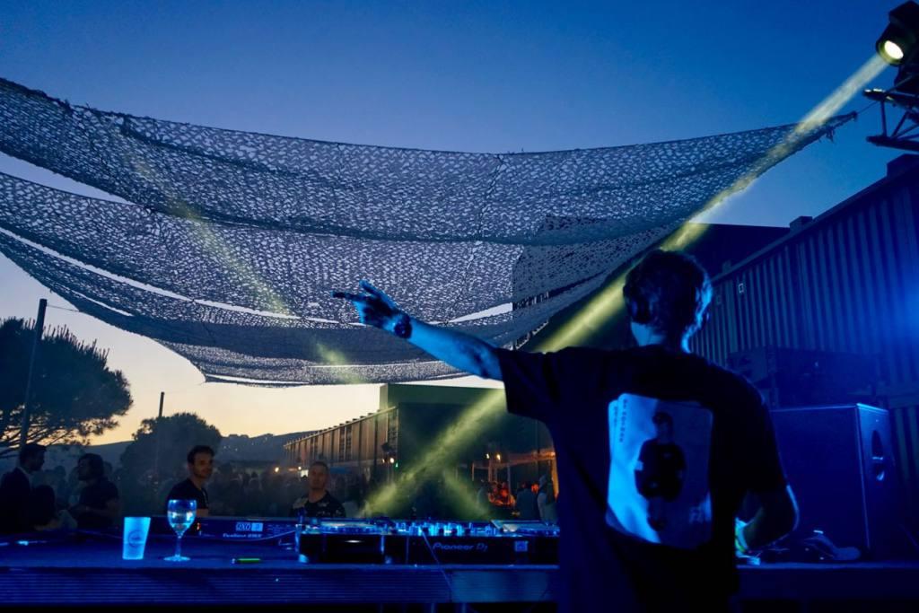 Le Baou, club de plein air à Marseille panorama djs