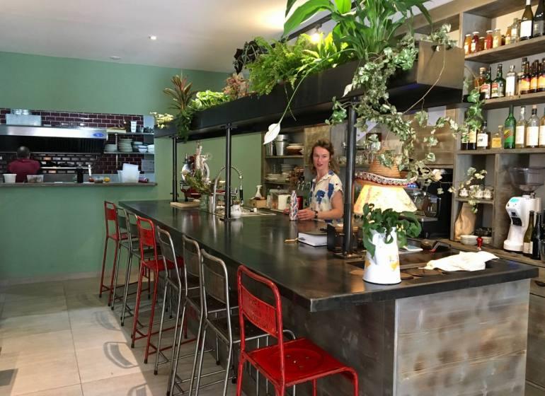 Les Trois Coups, bistrot et bar à vins dans le quartier des Antiquaires à Marseille