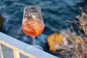 L'îlot de la Corniche, bar éphémère de bord de mer à Marseille (spritz)