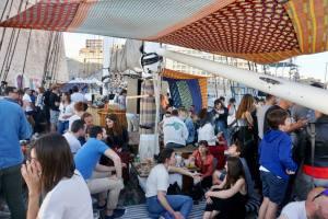 Noctilio, bar sur l'eau dans le Vieux Port de Marseille (pont)