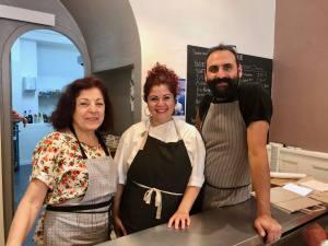 Moune, Lebanese restaurant, love spots (the team)