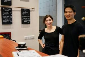 Why not us coffee, vegetarian canteen and coffee house in Marseille (the team)