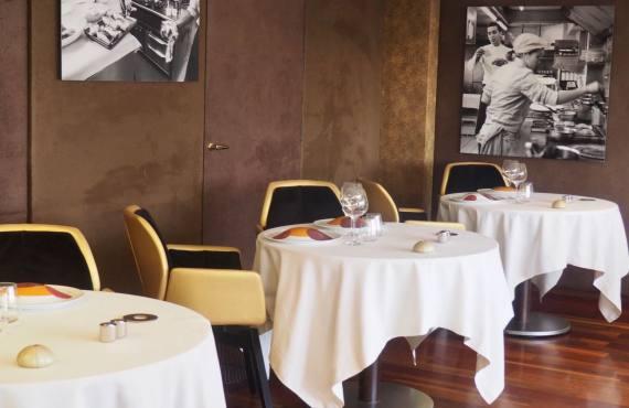 Une Table au sud, restaurant gastronomique sur le Vieux-Port de Marseille 5salle)