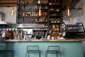 Cacio et pepe, restaurant italien et pizzeria place du 4 septembre à Marseille (bar)