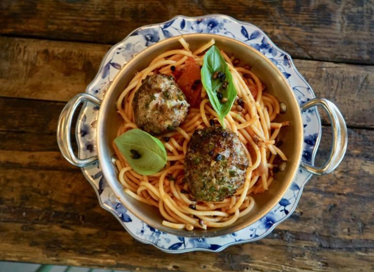 Cacio et pepe, restaurant italien et pizzeria place du 4 septembre à Marseille (polpettes)