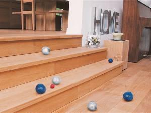 La mariole, jeu de pétanque tout terrain (escalier)