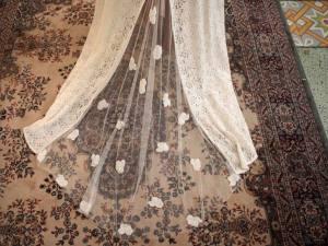 Alma Real, créatrice de robes de mariées à Marseille (voile)