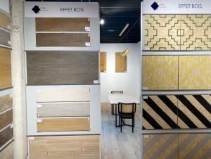 Carré créatif, showroom de vente de carrelages et élément de décoration à Marseille (effet bois)