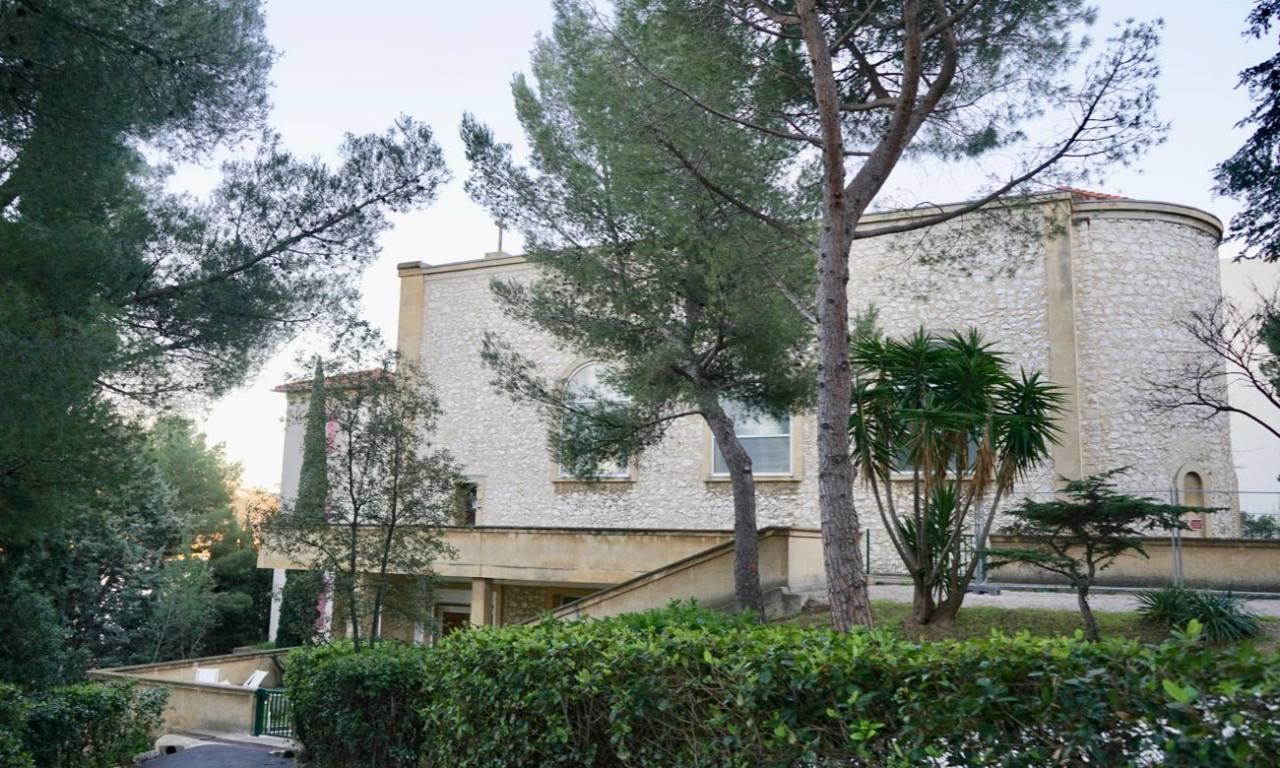 Couvent de la Cômerie, lieu culturel animé par Montévidéo dans le quartier Breteuil à Marseille (Chapelle)