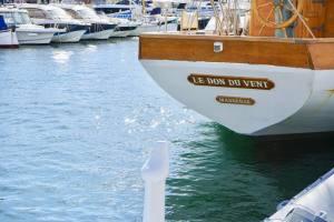 Le Don du vent, croisières et événements à quai sur un voilier de tradition à Marseille (vieux-gréement)