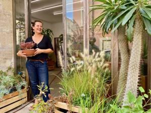 Akou, flower shop (Plants, seeds, soils, pots, tools) in Marseille (Anaïs)