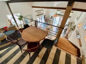 Bloomdrops, salon de thé et boutique d'objets et article de deco eco-responsable à Marseille (mezzanine)