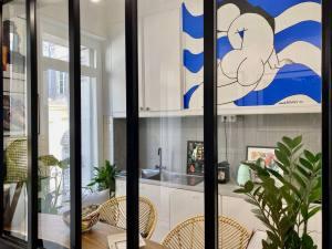 contemporary art gallery in Marseille (Marie de Buttet)