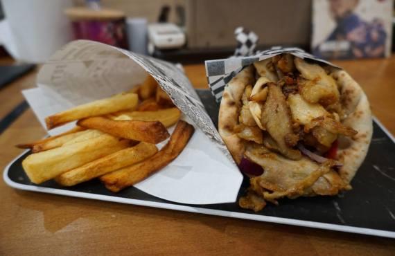 Gyros, sandwich pita grec à Marseille