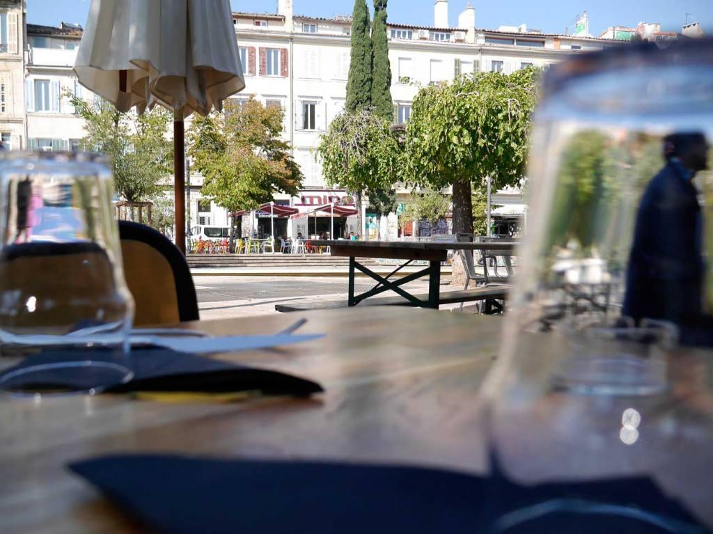 brasserie communale, bar and restaurant in Marseille (terrace)
