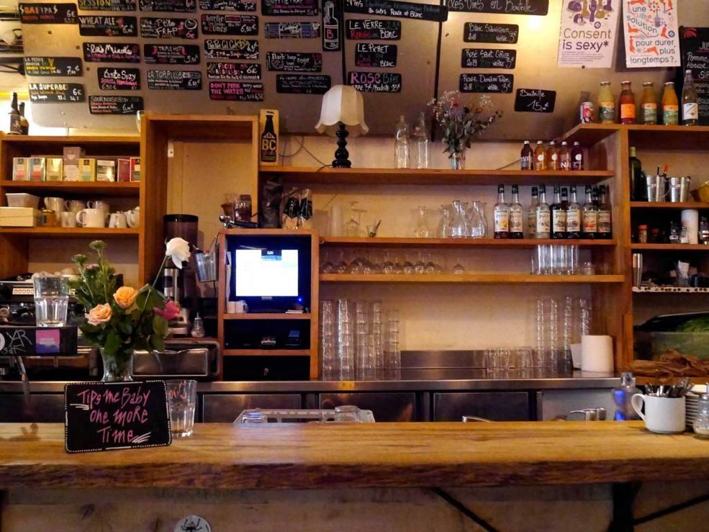 brasserie communale, bar and restaurant in Marseille (interior)