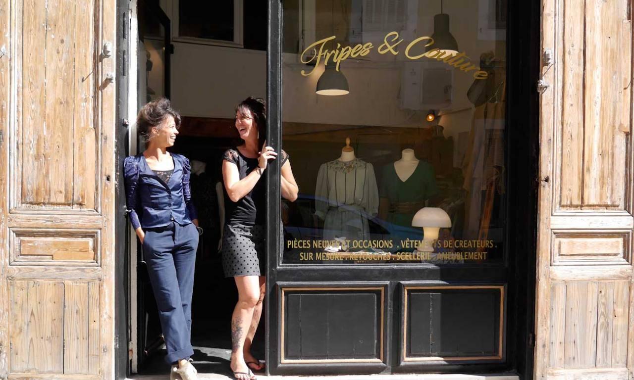 Caro et Coco à L'Atelière, friperie et atelier de couture à Marseille