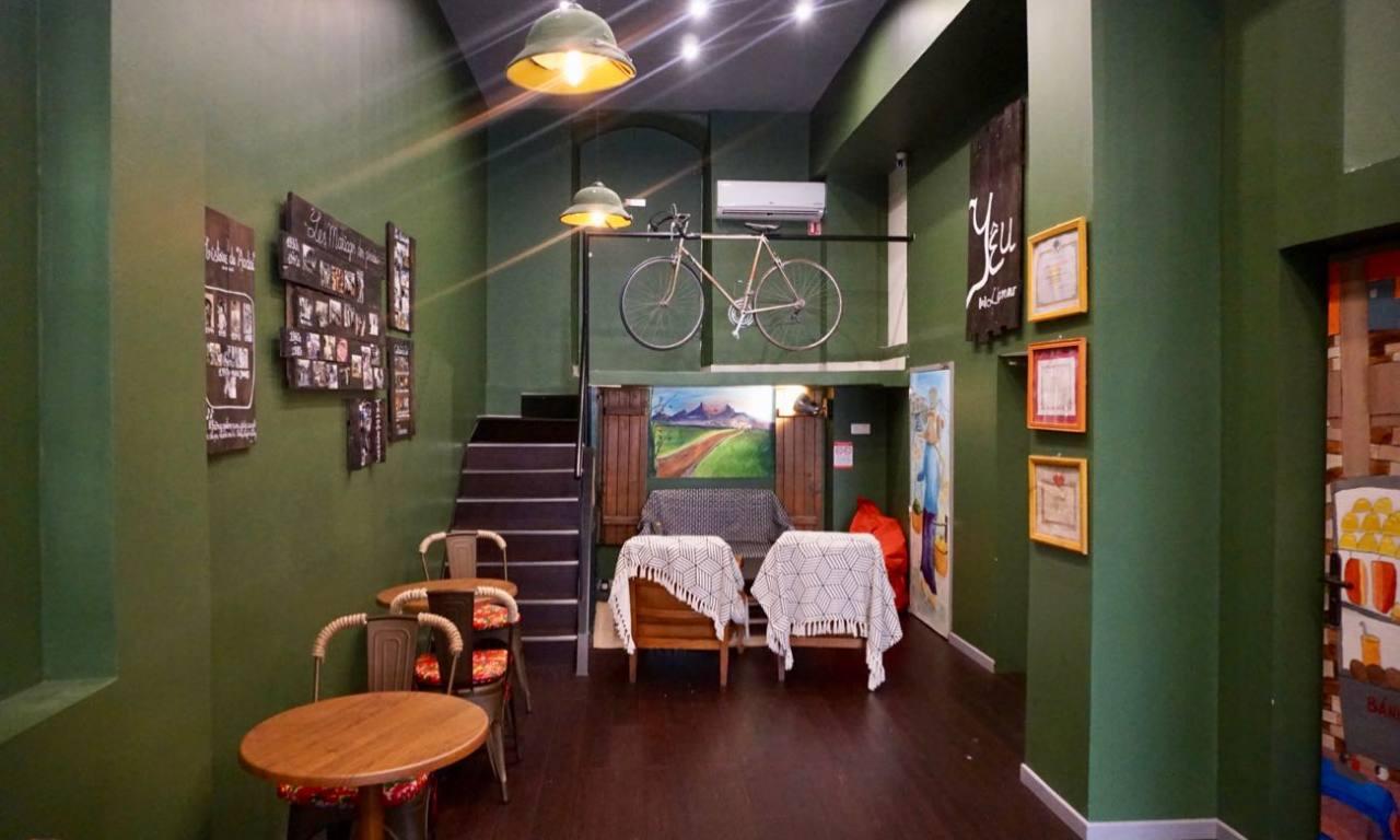 Cà Phê S, Coffee-shop vietnamien dans la rue sainte à Marseille (intérieur)