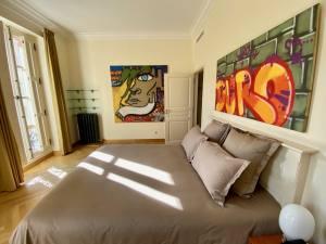 Château de Forbin, superbe demeure dédiée au Post-Graffiti à Marseille (Chambres)