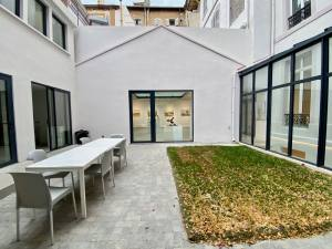 Espace Jouenne: galerie, coworking and meeting space, and accommodation rental in Marseille (exterior)