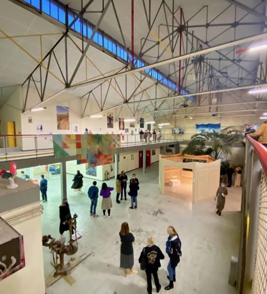 Le Hangar Belle de Mai, espace culturel à Marseille (salle d'expo)