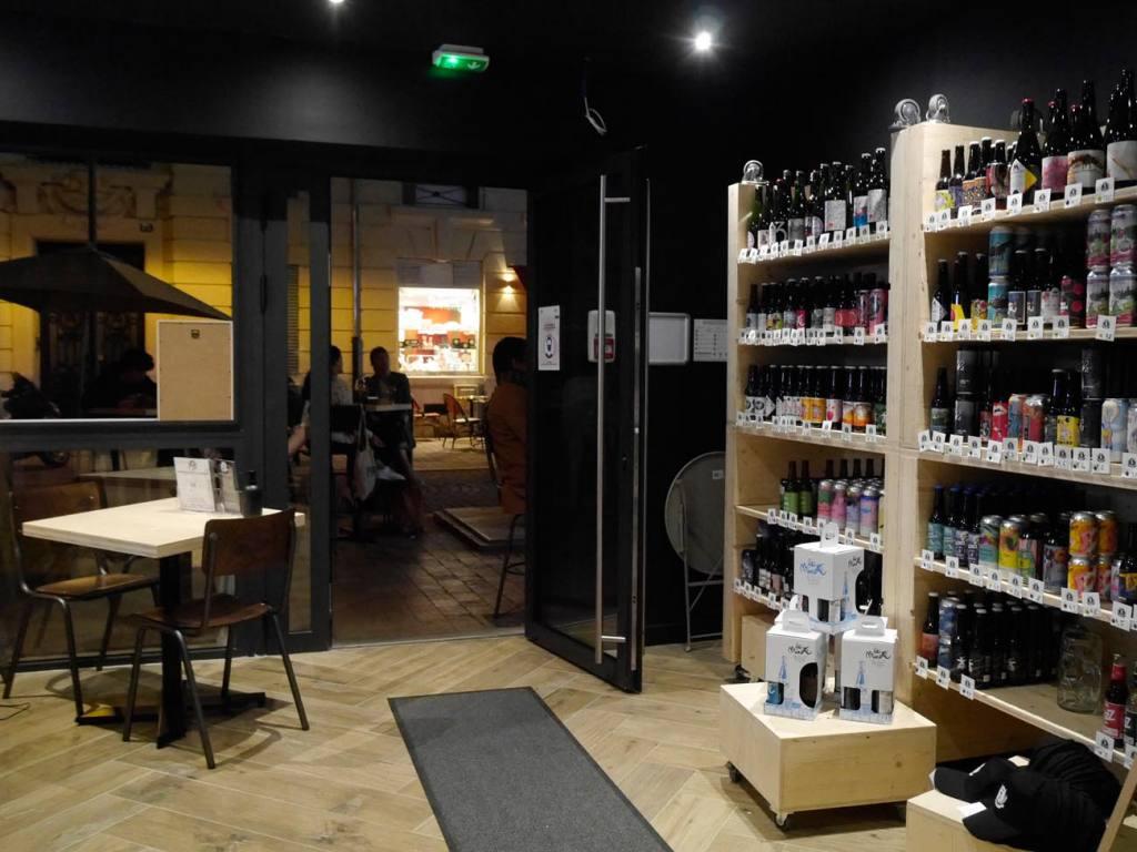La Bière Academy, bar à bières artisanales et cave à bières à Marseille : bar et magasin