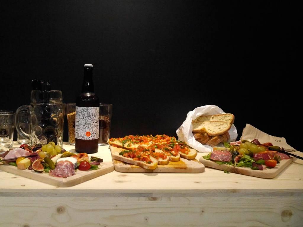 La Bière Academy, bar à bières artisanales et cave à bières à Marseille : planches à manger