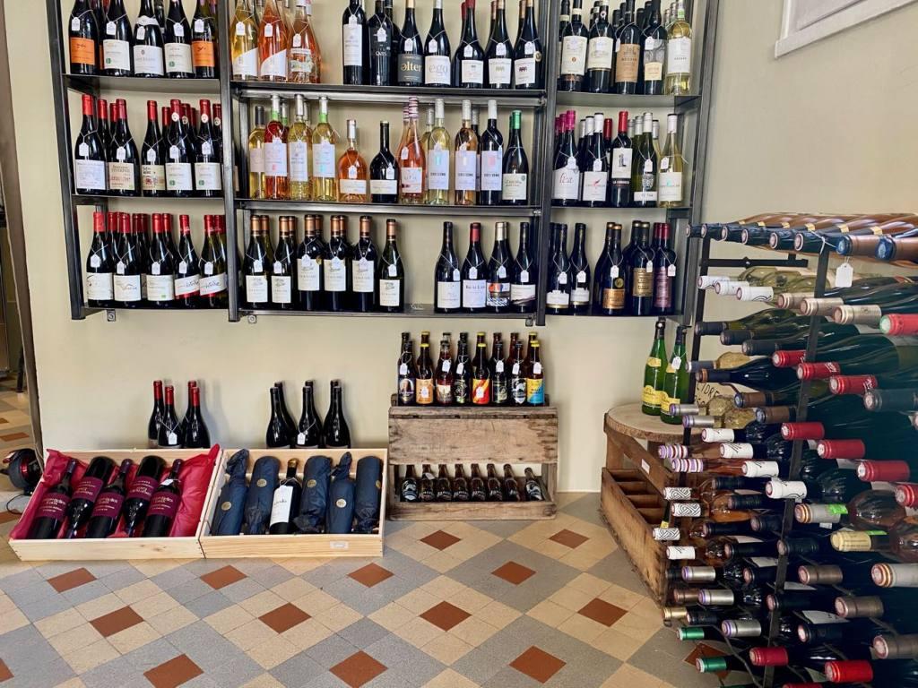 L'audacieux, wine cellar in Marseille (wines)
