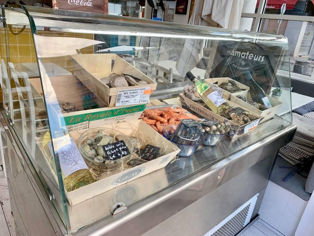 Les Amateurs, bar à huîtres et cuisine du midi au pied du Panier (fruits de mer))