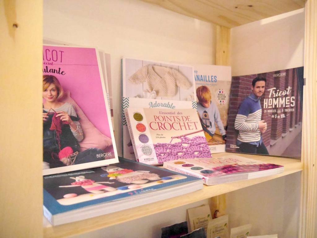 Le Fil en Trop, café tricot à Marseille (livres sur le tricot)