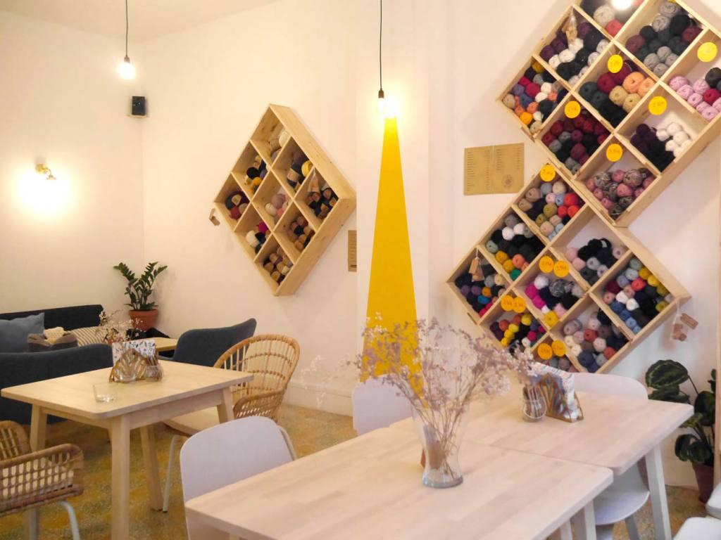 Le Fil en Trop, café tricot à Marseille (vue d'ensemble)