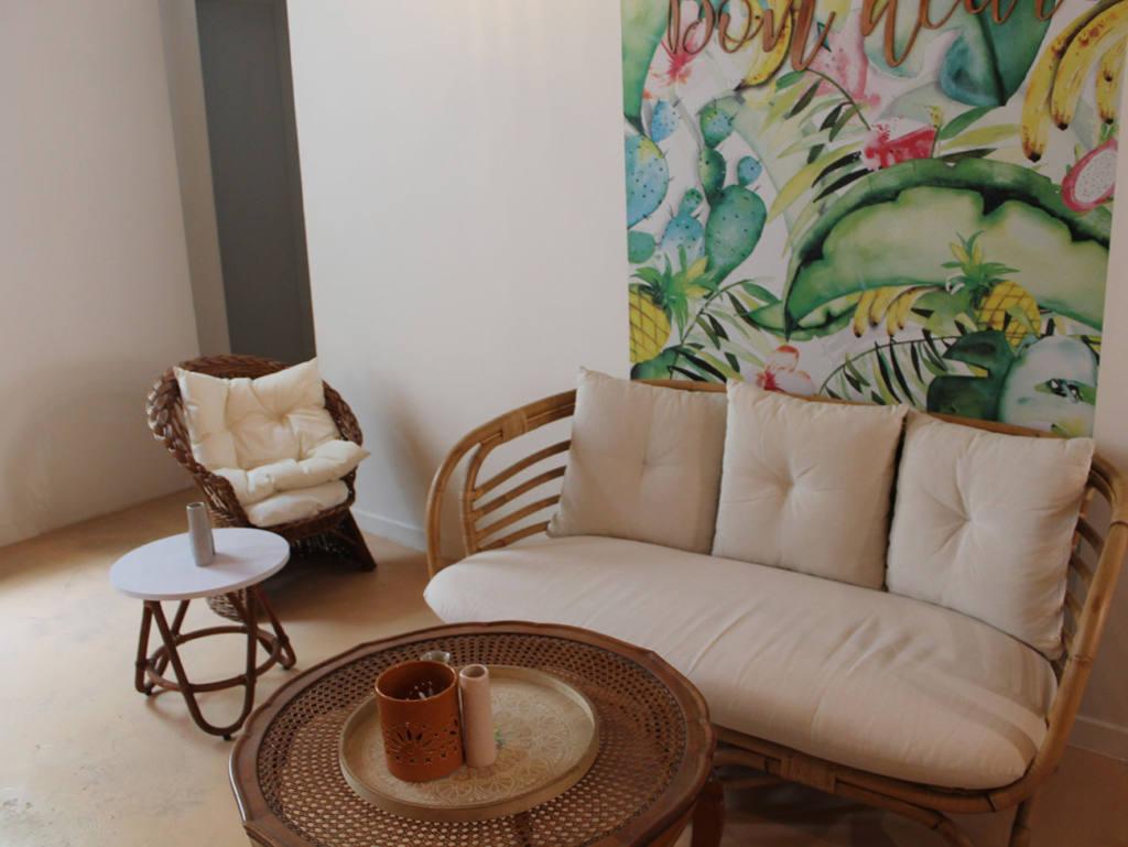 De Bon'heur Café, Brunch Marseille, City Guide Love Spots (canapé)