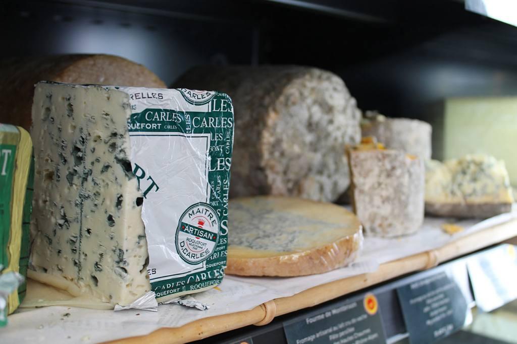 La Maison Marin, cheese shop in Mazargues, Marseille (roquefort)