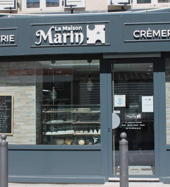 La Maison Marin, cheese shop in Mazargues (frontage)