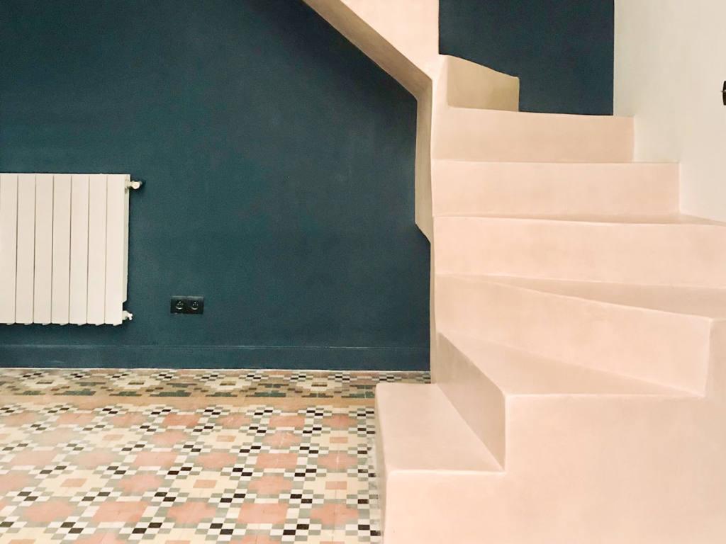 Les fabricoleuses, décoration d'intérieur : escalier en béton, Cerise Steiner